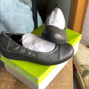 Easy spirit 360 shoes